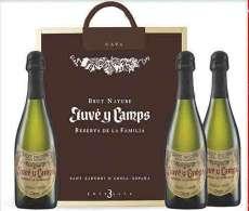 Червени вина 3 Juvé  de La Familia en caja de madera