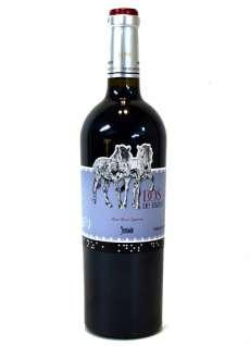 Червени вина Dos de Mayo
