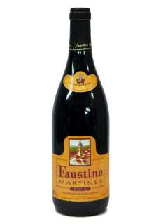 Червени вина Faustino Martínez