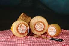 Manchego сирене La Desica